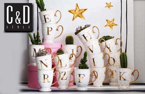 Geriausia Kalėdų dovana – puodelis su vardo raide!
